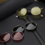 MOSCOT-LEMTOSH-smart-clip-solar-pack-cliptosh