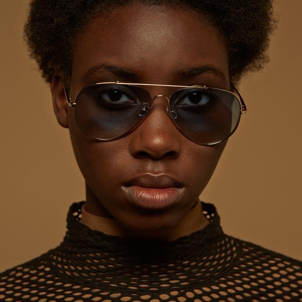 gigi-barcelona-6321-habana-gold-gradient-aviator-sunglasses-girl