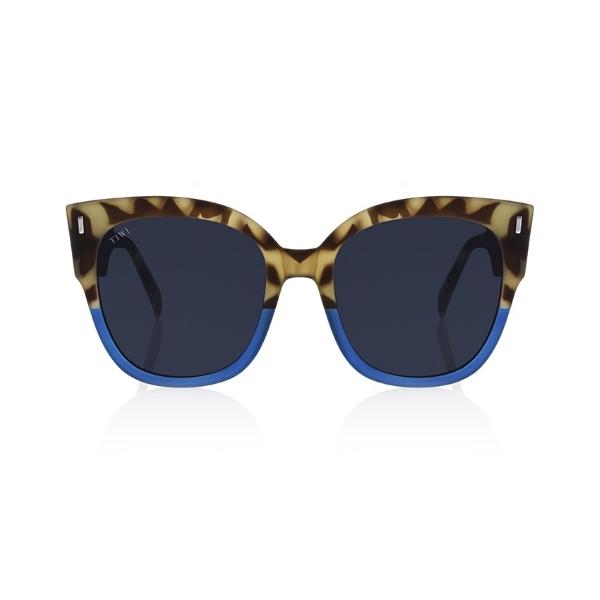 Tiwi-Biela-bicolor-tortoise-blue-front