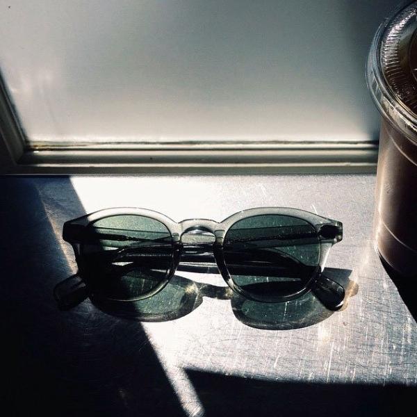 moscot-lemtosh-sage-sun-window