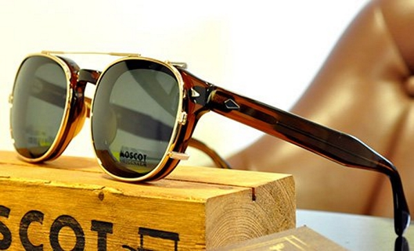 moscot-cliptosh-gold-frame