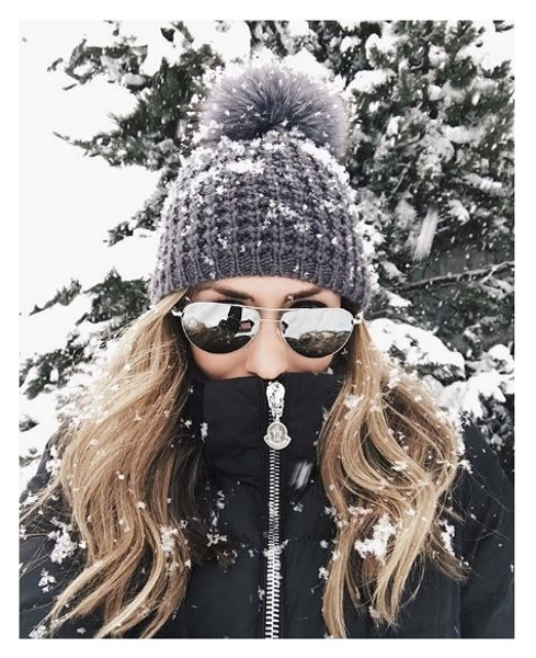 oliver-peoples-benedict-enamel-silver-navy-ov1002s-winter-girl